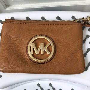 Michael Kors Fulton Pebble Leather Wristlet